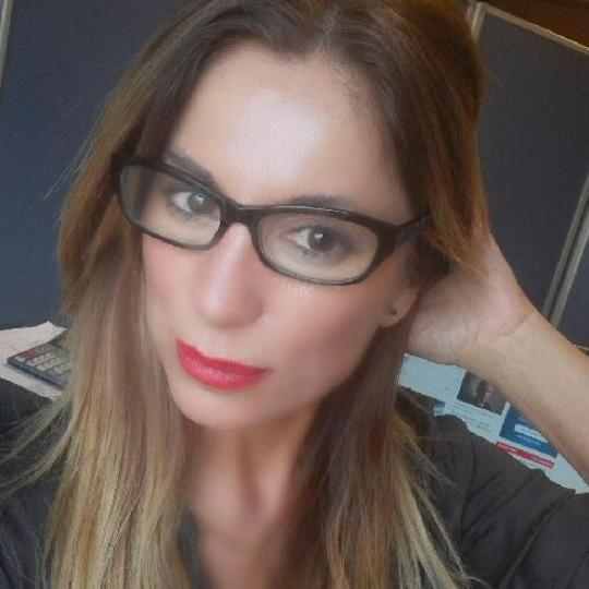 Aurora Ruiz Mazpule, abogada, profesional, empresaria bizkaia, empresaria euskadi, asociada AED. socia AED, networking, asesoría jurídica